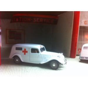 Traction ambulance