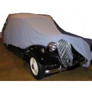Housse de protection extensible pour Traction en  polyester extensible pour l'intérieur sur commande