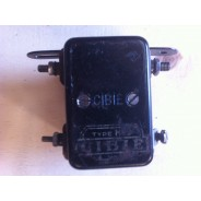 Régulateur de tension Cibie 6 volts 20 ampères Type H12  occasion ni retour ni garantie*